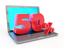 het 3D teruggeven van een 50 percentenkorting - Laptop en kortingen in Internet Royalty-vrije Illustratie