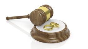 het 3D teruggeven van houten hamer en gouden huwelijk twee Royalty-vrije Stock Afbeeldingen