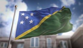 Het 3D Teruggeven van Solomon Islands Flag op Blauwe Hemel die Backgroun bouwen Stock Afbeelding