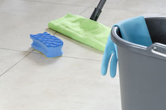 Het dagelijkse huis schoonmaken Stock Foto
