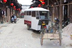 Het dagelijkse leven in de traditionele oude stad Daxu dichtbij Guilin in China Stock Fotografie