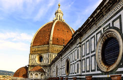 Het dak en de koepel van Kathedraal Santa Maria del Fiore Royalty-vrije Stock Foto