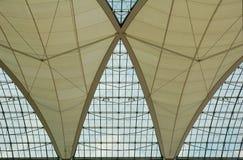 Het dak van de luchthaven stock foto's