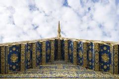 Het dak van Wat Rong Sua Ten in Chiang Rai, Thailand Royalty-vrije Stock Foto