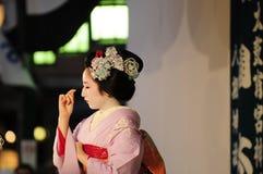 Het dansen maiko Stock Foto's