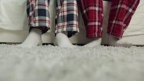 Het dansen met sokken stock video