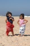 Het dansen op het strand royalty-vrije stock foto's