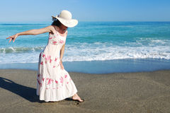 Het dansen op het strand Stock Afbeelding