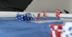 Het dansen pokerchips Royalty-vrije Stock Afbeeldingen