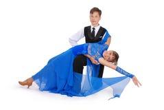 Het dansen van de jongen en van het meisje balzaaldans Stock Fotografie