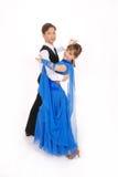 Het dansen van de jongen en van het meisje balzaaldans Stock Afbeeldingen