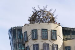 Het Dansende Huis, bijgenaamd Fred en Gember, voltooide in 1996 voor nationale-Nederlanden door Vlado Milunic en Frank Gehry Royalty-vrije Stock Foto's