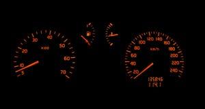 Het dashboarddraai van de auto en snelheidsmeter stock foto