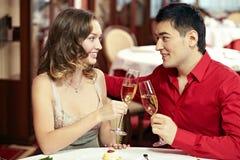 Het dateren in restaurant royalty-vrije stock fotografie