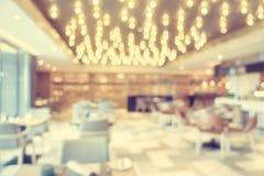 Het de abstracte winkel en restaurant van de onduidelijk beeldkoffie Stock Foto's