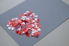 Het de daghart van Valentine vormde bossamenvatting met achtergrond Stock Foto