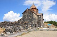 Het de 9de eeuw Armeense klooster van Sevanavank bij meer Sevan stock foto