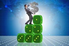 Het de dollarteken van de zakenmanholding bovenop dobbelt piramide Royalty-vrije Stock Foto's