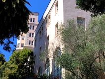 Het de filmziekenhuis van Alfred Hitchcocks ` s was het echt werkend ziekenhuis, 5 stock afbeeldingen