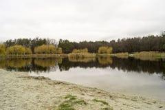 Het de herfstmeer Stock Afbeeldingen