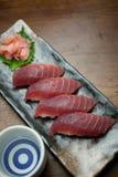 Het de Japanse Sushi en belang van de Tonijn van de Keuken Stock Foto's