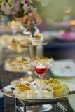 Het de Luxevoedsel en dranken op huwelijkslijst royalty-vrije stock foto