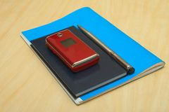 Het de mobiele pen en boek van de kalender Royalty-vrije Stock Afbeelding