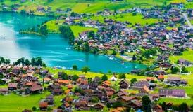 Het de mooie vallei van Interlaken en Thunersee-meer Stock Afbeelding