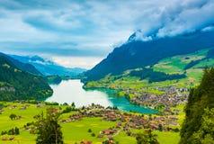 Het de mooie vallei van Interlaken en Thunersee-meer Royalty-vrije Stock Afbeelding