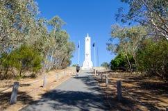 Het de observatiegebied van de heuveltop met Wereldoorlog I & II gedenktekens werd opgericht door de burgers van Albury om te her royalty-vrije stock foto's