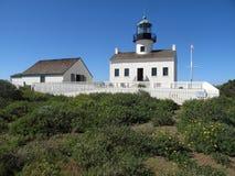 Het de oude Vuurtoren en Bijgebouw van het Point Loma Stock Afbeeldingen