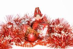 Het de rode ballen en elf van het nieuw-jaar Royalty-vrije Stock Afbeeldingen