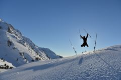 Het de tijd van ` s voor het avontuur en vreugde van een sneeuwdag royalty-vrije stock foto
