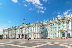 Het de Winterpaleis in Heilige Petersburg, Rusland stock afbeelding