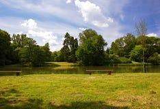 In het de zomerpark Stock Afbeelding