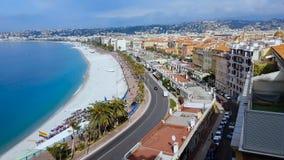 Het de zomerstrand en de architectuur van Nice, lgbt markeren op de kust van Frankrijk, toerisme stock footage