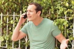Het debatteren op de telefoon Royalty-vrije Stock Fotografie