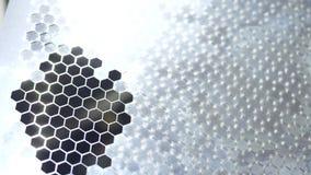 Het deel van het bladmetaal van laser scherp proces stock footage