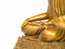 Het deel van het gouden antieke standbeeld van Boedha op de witte achtergrond isoleerde achtergrond copyspace voor tekst en inhou royalty-vrije stock fotografie