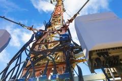 Het deel van telecommunicatietoren met geïnstalleerd communicatie materiaal Stock Afbeelding