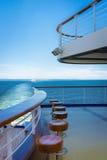 Het dek dat van het cruiseschip vanaf Regenachtiger Onderstel trekt Stock Fotografie