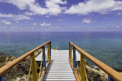 Het dek sluit het overzees in de Caraïben Stock Fotografie