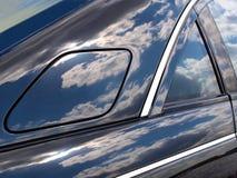 Het deksel van de tank op auto royalty-vrije stock afbeeldingen