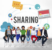 Het delen van het Globale Concept van de Communicatietechnologieterugkoppeling Royalty-vrije Stock Fotografie