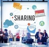 Het delen van het Globale Concept van de Communicatietechnologieterugkoppeling Stock Foto's