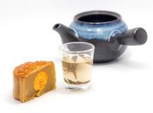 Het dessert Chinese stijl en thee van de maancake Stock Fotografie