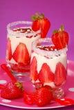 Het dessert van de aardbei en van de vanille Royalty-vrije Stock Foto's