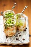 Het dessert van de kiwi, van de koffie en van ricotta royalty-vrije stock foto