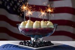 Het Dessert van de onafhankelijkheidsdag met Sterretjes Stock Afbeeldingen