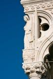 Het detail van de architectuur van het Paleis van Doges in Venetië royalty-vrije stock fotografie
